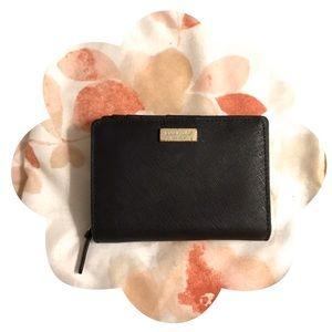 💯Authentic Kate Spade Cara Laurel Way ID Wallet